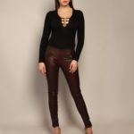 Кожаные брюки бордового оттенка 2