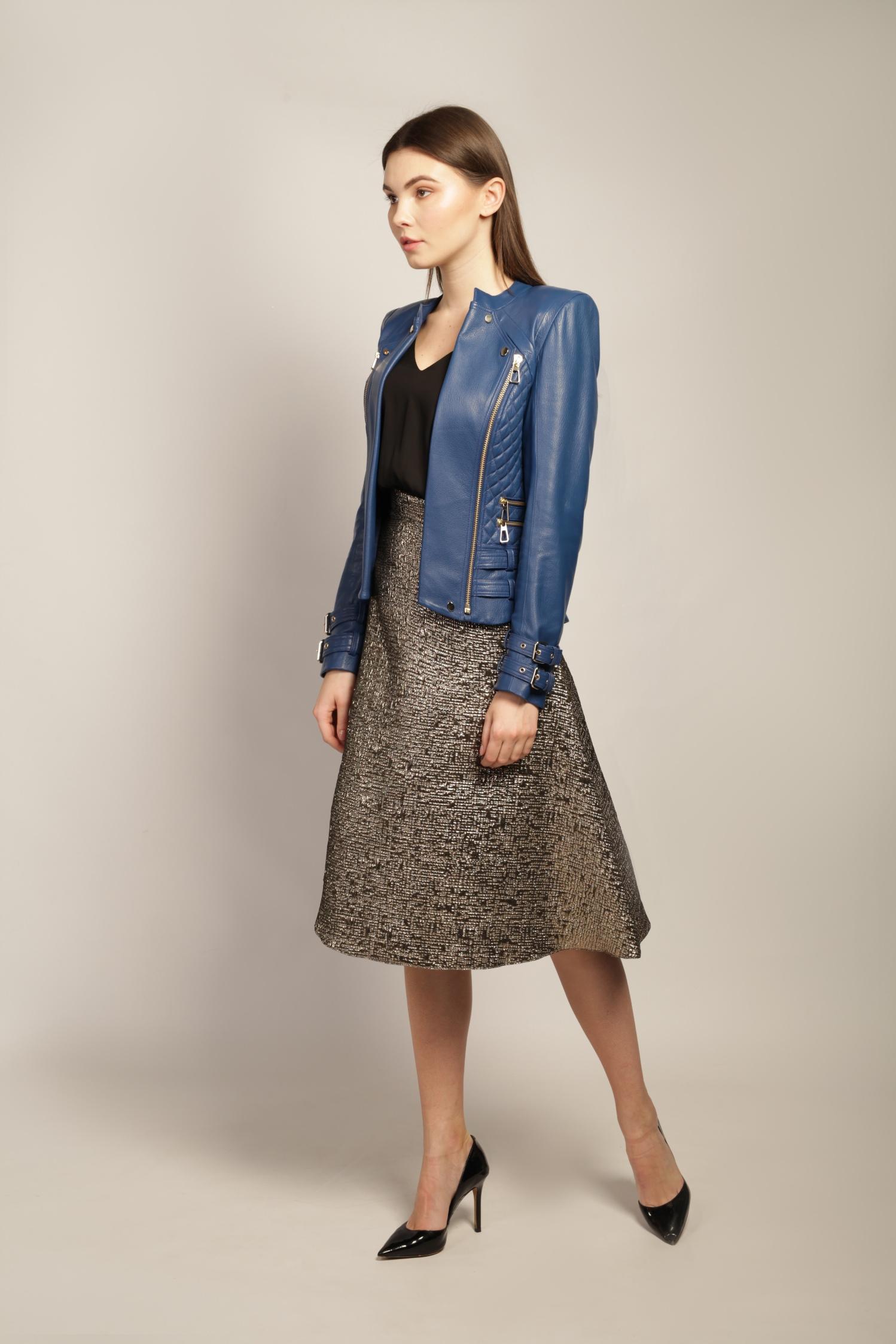 Кожаная куртка небесно-синего цвета 1
