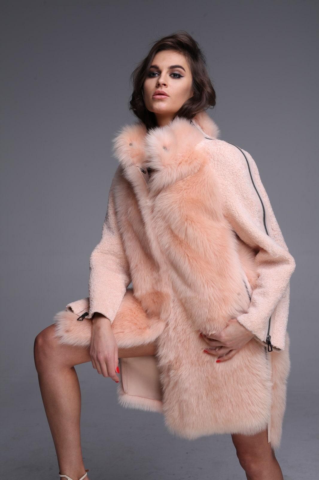Цветная революция в меховой моде - сочетание цветов в одежде 2019 2