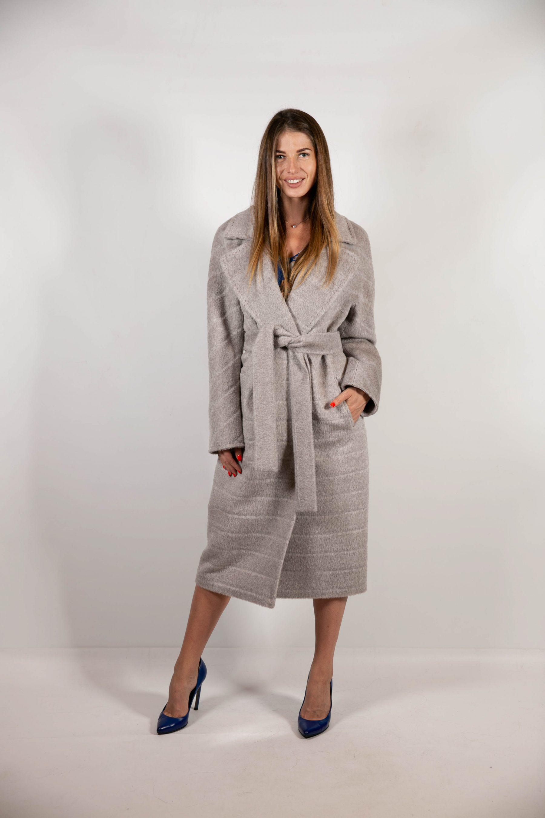 Базовое пальто серого оттенка 1
