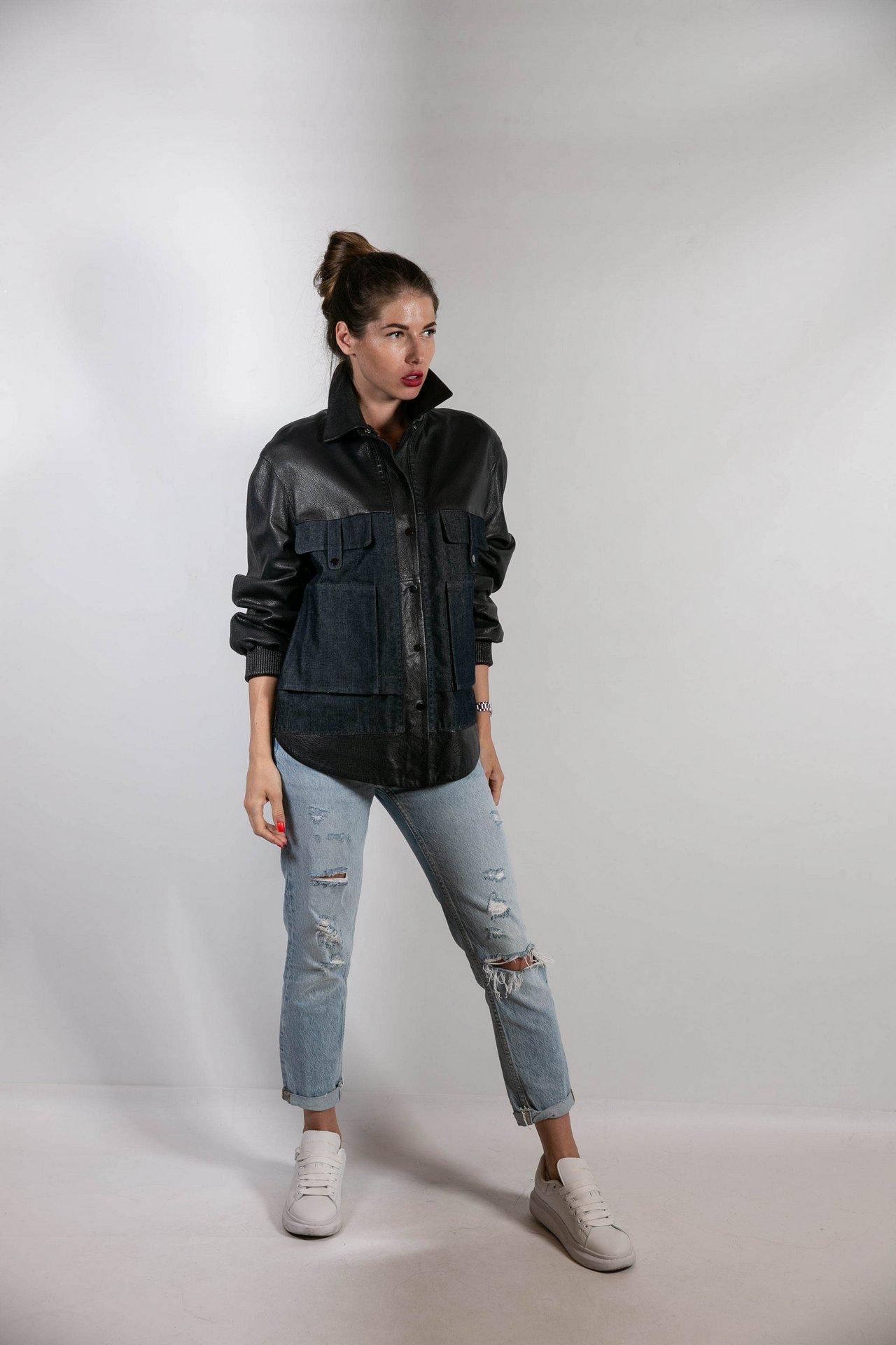 Кожаная куртка с джинсовыми вставками 1