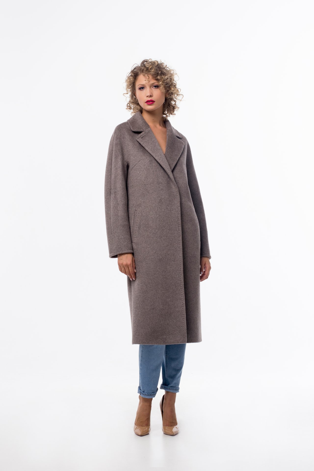 Базовое пальто нюдового оттенка 1