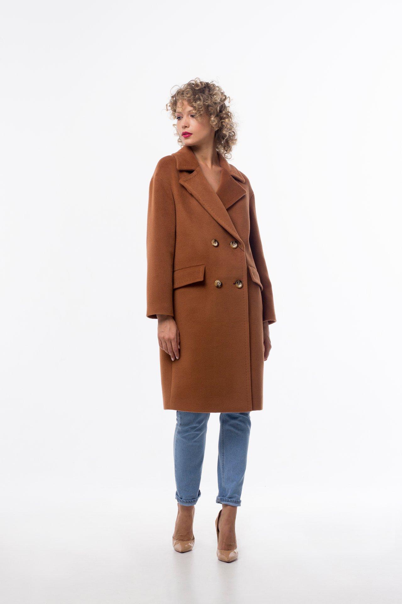 Пальто прямого силуэта коричневого оттенка 1