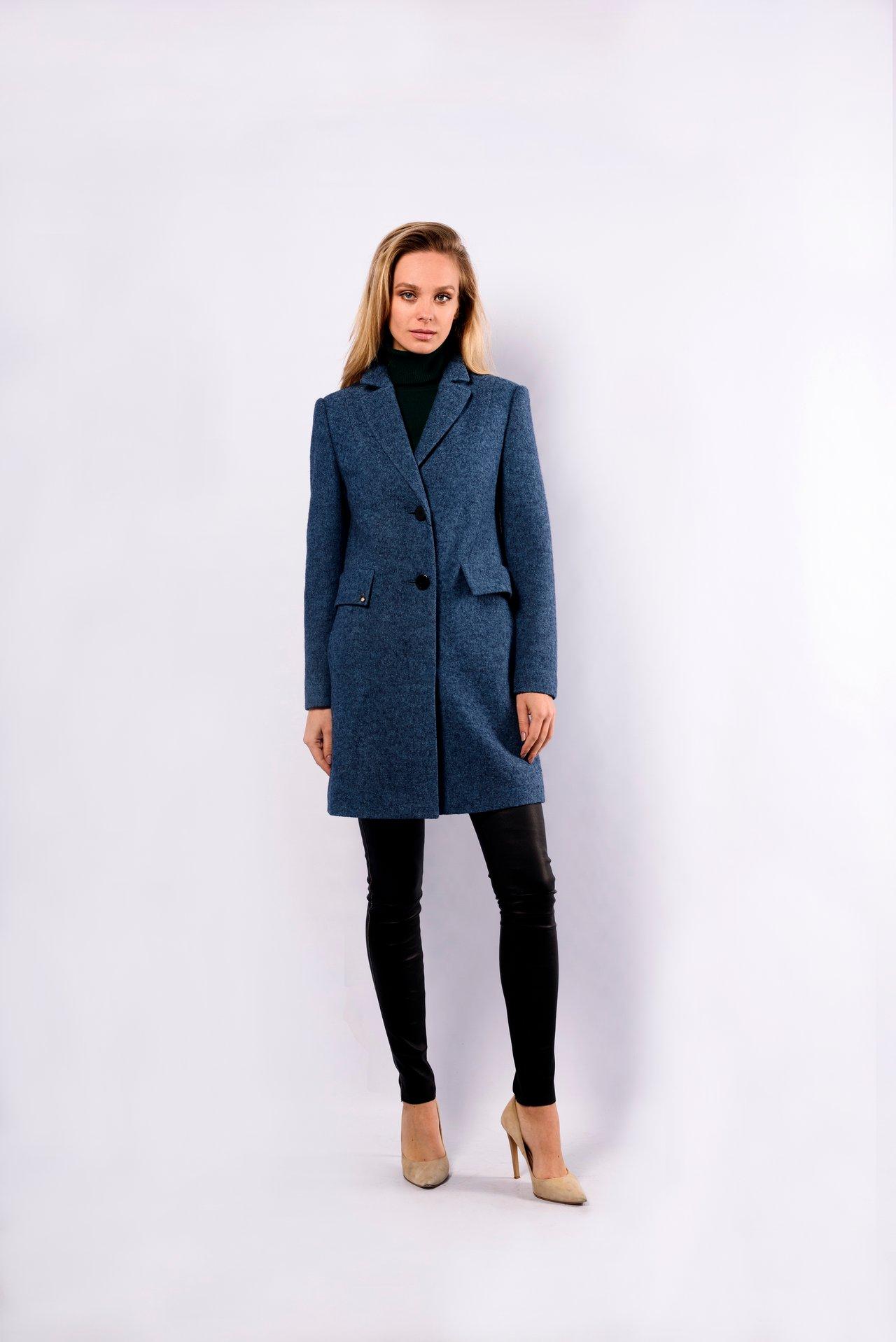 Пальто из шерсти средней длины 1