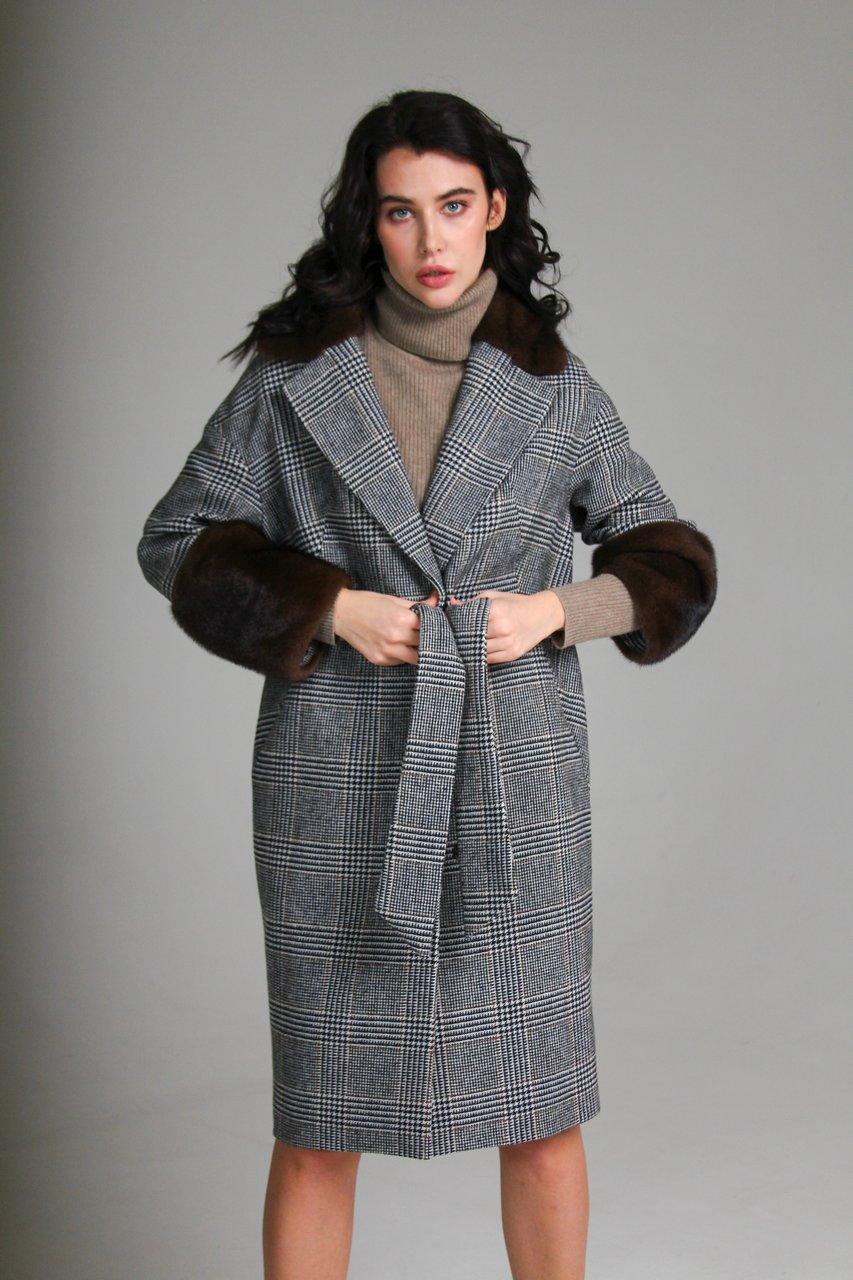 Пальто из кашемира с элементами отделки из норки 1