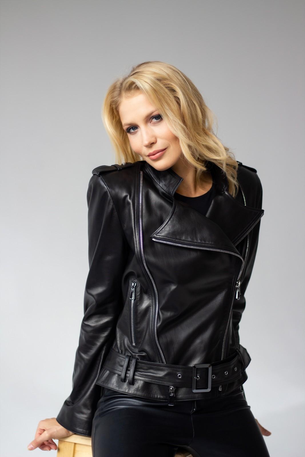 Кожаная куртка - косуха с поясом 1
