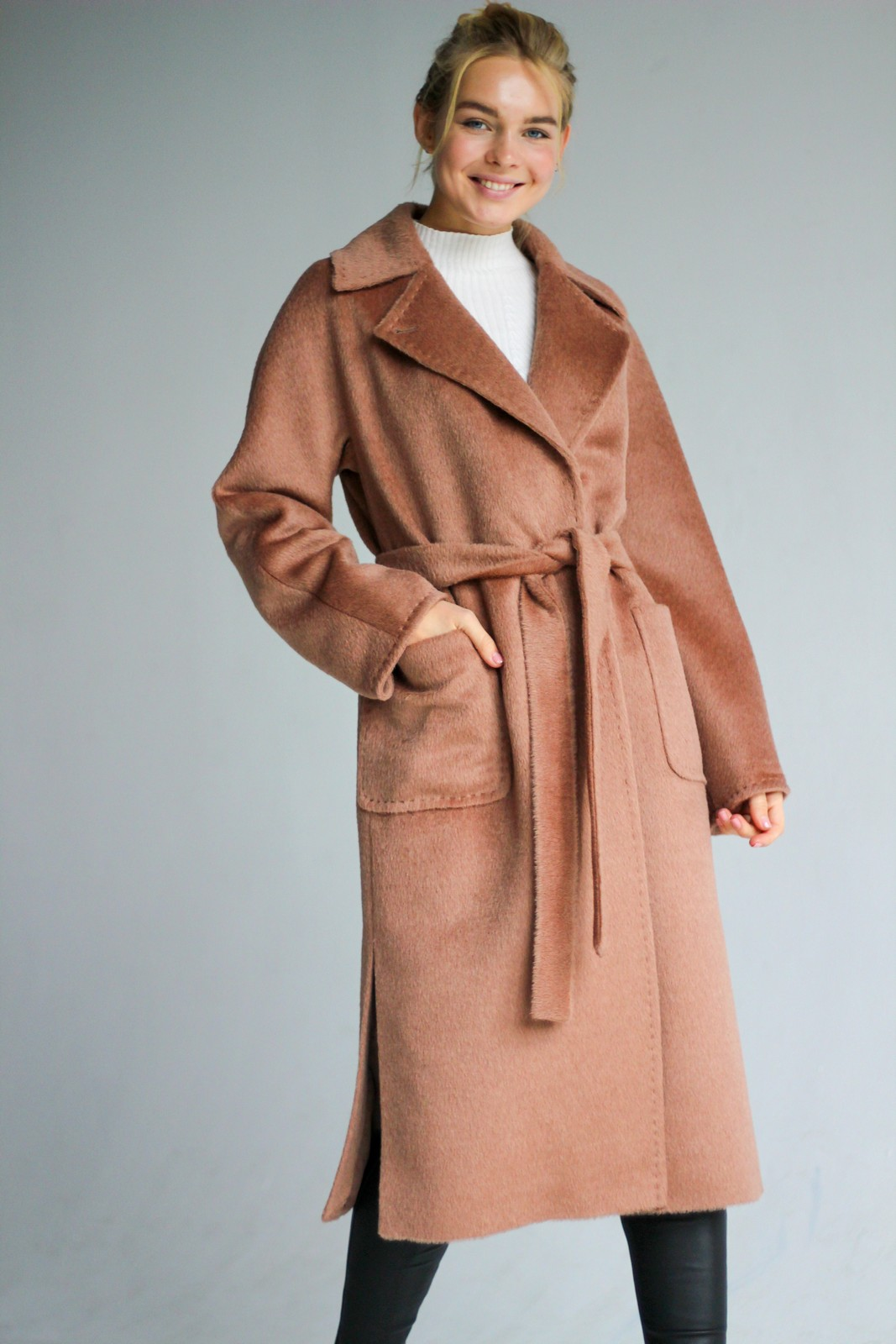 Ворсовое  пальто цвета корица 1