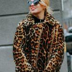 Дубленка с леопардовым принтом с воротником-стойкой 2