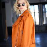 Куртка - косуха из натуральной кожи цвета сочный апельсин 4