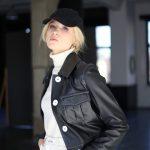 Куртка из натуральной кожи черного цвета 2