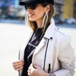 Стильная и красивая кожаная куртка - косуха молочного цвета 4