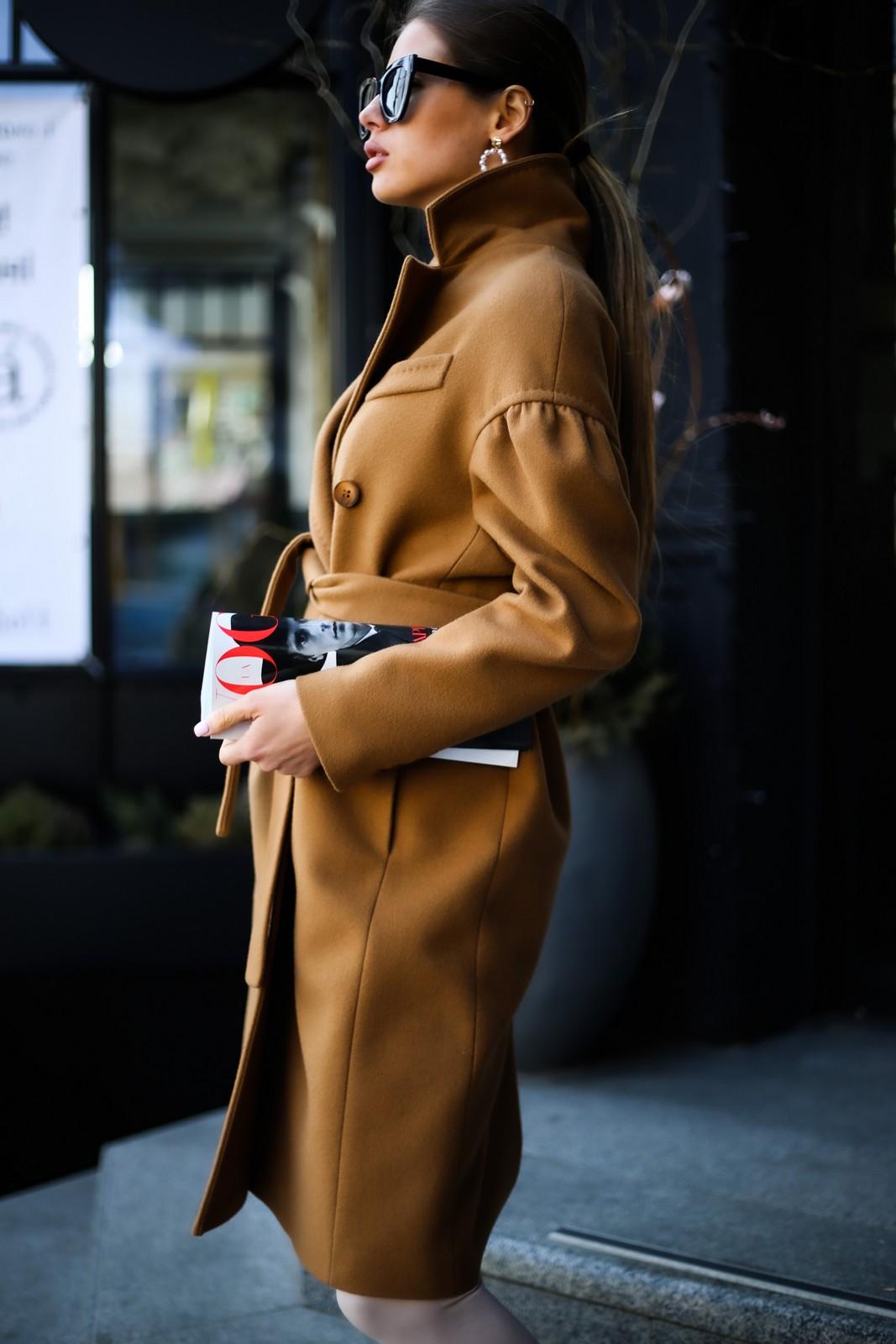 Шикарное пальто из натуральной шерсти в цвете кэмел 1