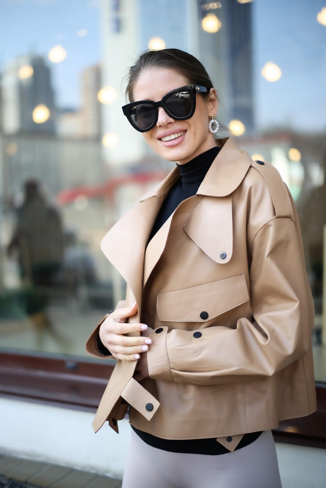Кожаная куртка - косуха в стиле Celine цвет бежево - карамельный 1
