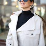 Кожаная куртка - косуха в стиле Celine бежевого цвета 3