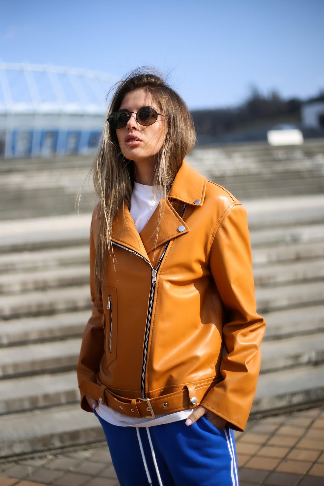 Кожаная куртка - косуха в цвете спелого мандарина 1