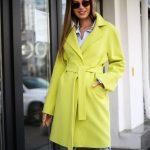 Полушерстяное пальто цвета канарейка 2