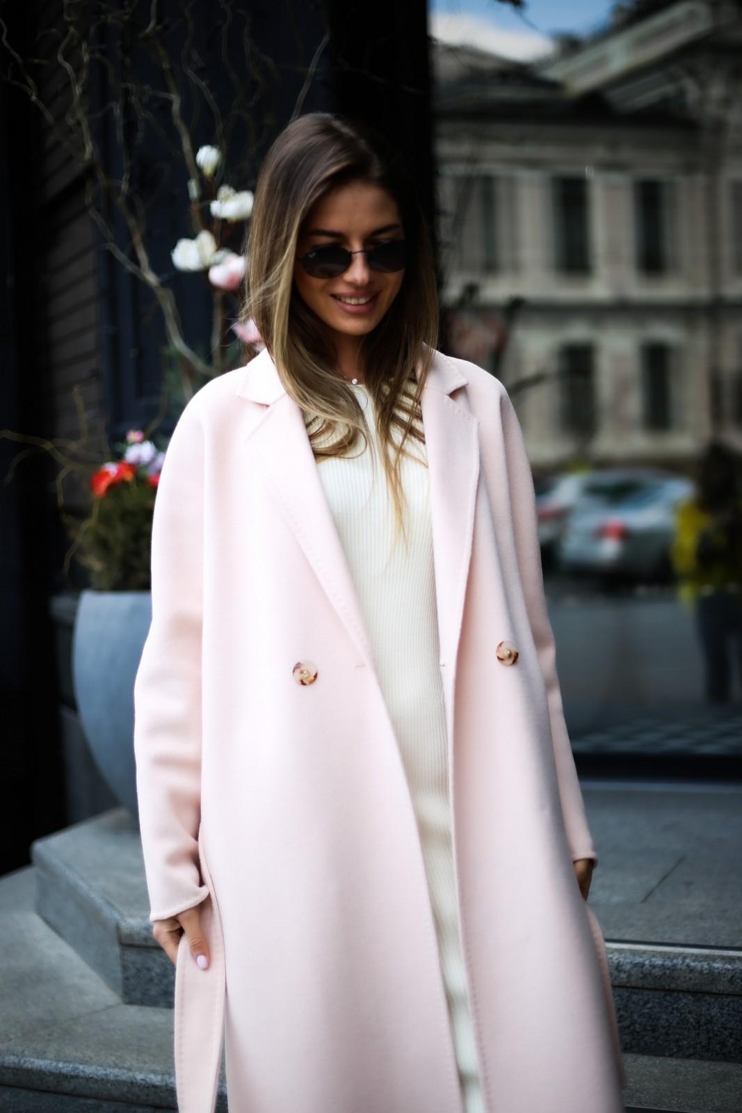 Шикарное пальто из тонкой и деликатной шерсти 1