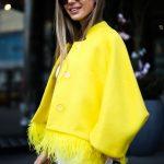 Яркое и солнечное пальто из натуральной шерсти 2