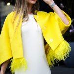 Яркое и солнечное пальто из натуральной шерсти 3