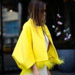 Яркое и солнечное пальто из натуральной шерсти 4