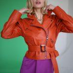 Куртка кожаная цвета мандарин 3