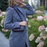 Пальто из меланжевой шерсти мериноса серо - синего цвета. 3